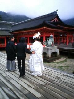 宮島の厳島神社にて