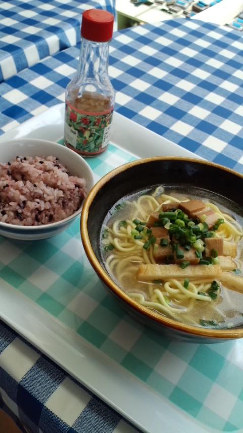 沖縄昼ご飯 2